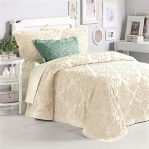 Where Can I Buy Bedspreads 5 Best Price Linen Damask Chenille Bedspread King