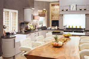 Country Home Interiors get the look home farm s kitchen in emmerdale