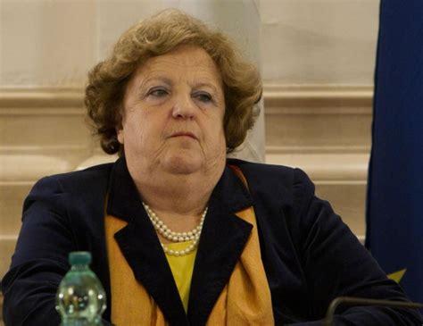 napolitano ministro dell interno il ministro cancellieri smentisce napolitano meglio voto