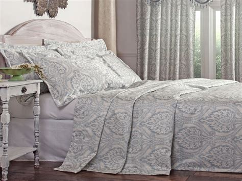 cotton bed coverlets classy bedroom furniture lightweight bedspreads coverlets