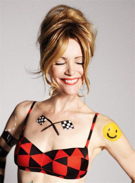 leslie mann now looks like they got the right mann to play audrey griswald