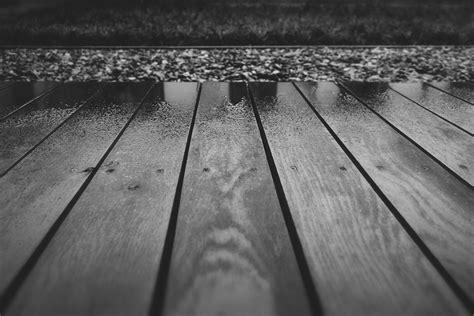 Fotos gratis : ligero, en blanco y negro, cubierta, madera