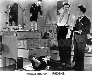 jan. 1, 1930 stan laurel and oliver hardy on set of the