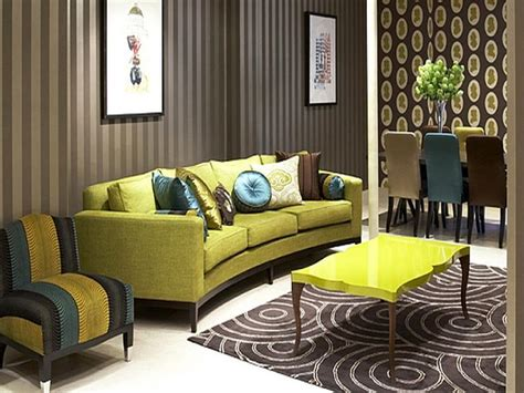 how to repairs how to decorate living room