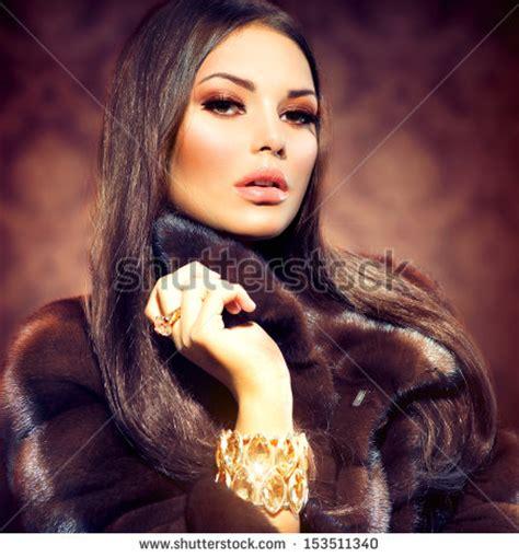 model girl looks illegal 1000 images about fur cite nine on pinterest mink fur