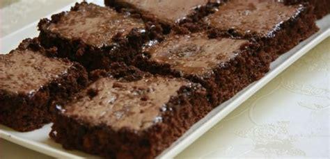 tarifi lezzetli tavuk yemekleri tarifi kek tarifi lokumlu kek tarifi kolay kek tarifi arşivleri sadekadınlar moda