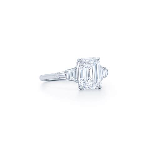 emerald cut ring with trapezoid and bullet side