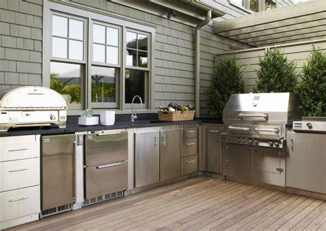 Gwyneth Paltrow Kitchen by Gwyneth Paltrow S Kalamazoo Outdoor Gourmet Kitchen In The