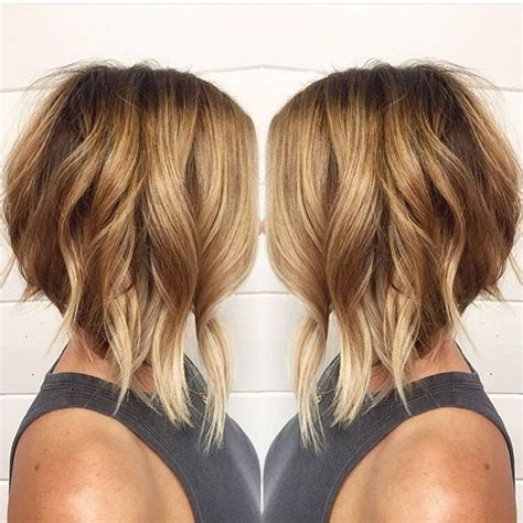 wavy aline haircut too cute hairstyles pinterest 25 best ideas about a line haircut on pinterest