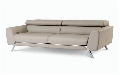 canape cirrus design sacha lakic pour roche bobois