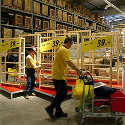 ikea sede centrale italia ikea sposta la produzione di mobili dall asia all italia