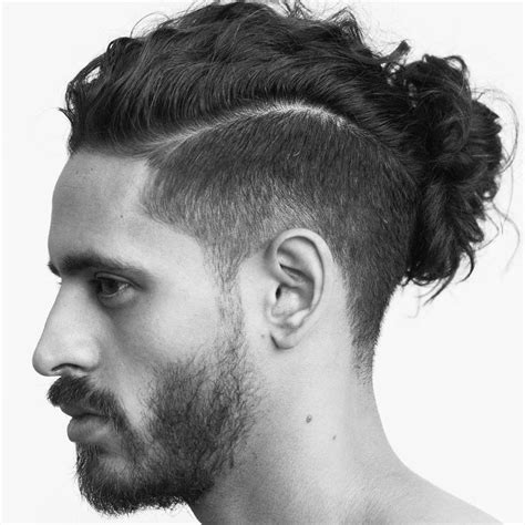 mens mun hairdo men s hair beautiful man bun mun barba y cabello
