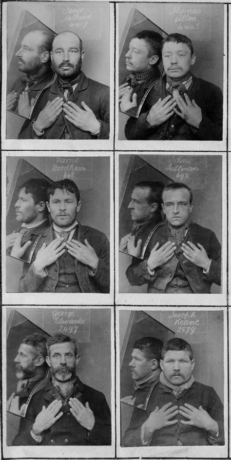 Estas foram algumas das primeiras fotos de identificação