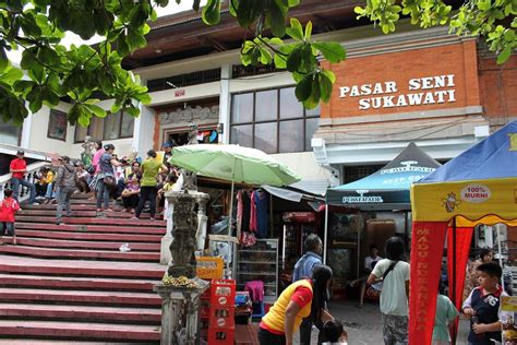 panoramio photo of pasar seni sukawati