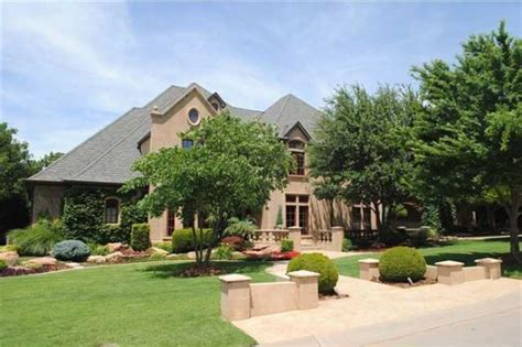 bob stoops house palace homes of today s college football coaches slideshow