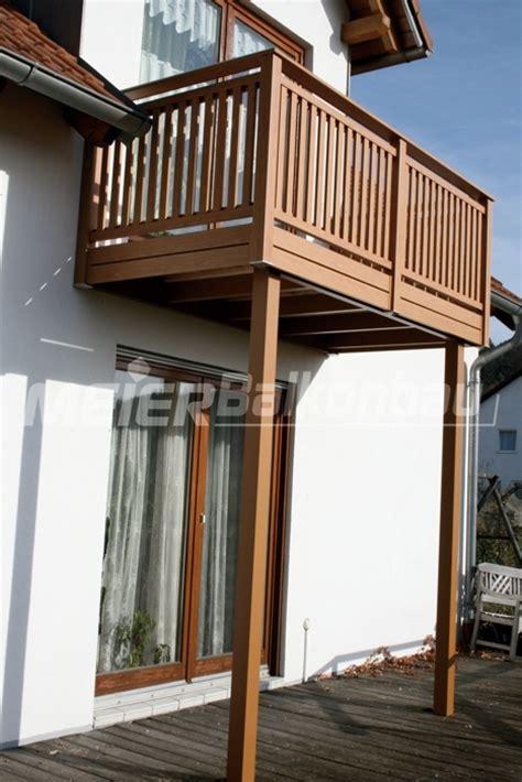 treppengeländer aus holz balkon aus holz kosten holz pirner balkone balkongel nder