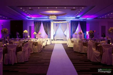 theme hotel ottawa 3d wedding backdrop with beautiful silver damask printed
