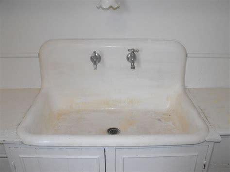 can you paint a cast iron bathtub cast iron tub refinishing cast iron clawfoot tub in black