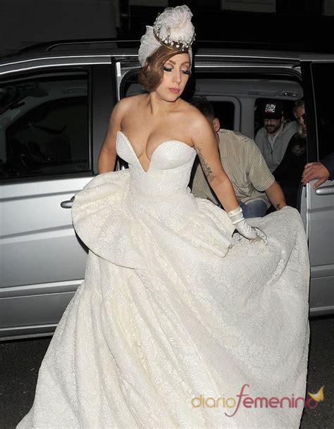 imagenes de vestidos de novia extravagantes vestidos de novia llamativos el traje de boda de lady gaga