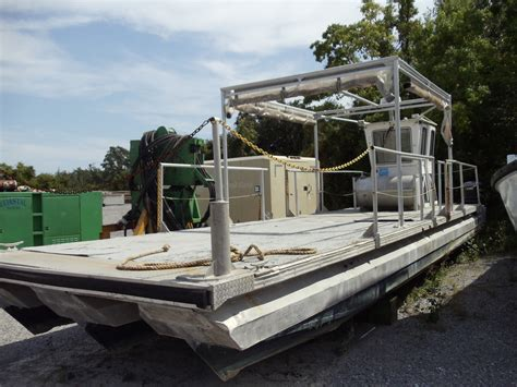aluminium pontoon boats for sale 35 aluminum triple pontoon workboat 1995 for sale for