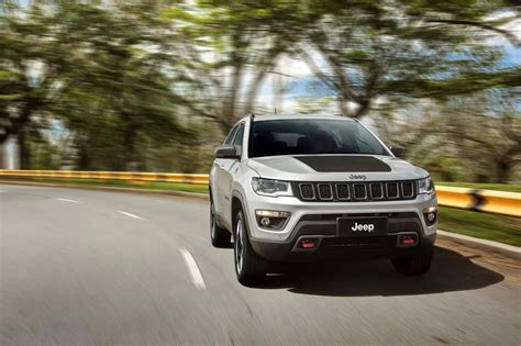 jeep compass trailhawk 2017 white 2017 jeep compass poses for the camera in all trim levels