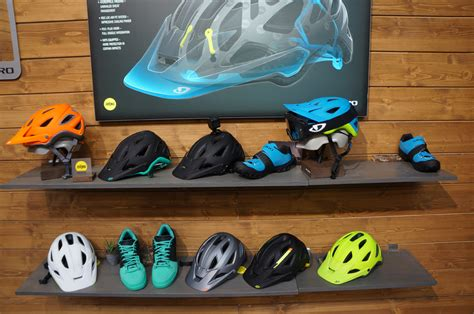giro montaro light mount eb15 giro introduces universal helmet accessory mount