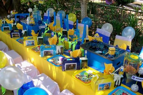 Minion Table Decorations by Minion Despicable Me Birthday Birthday Ideas