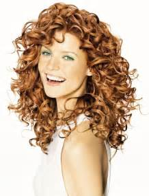 longer hairstyles for 40 with frizzie hair best 25 long curly haircuts ideas on pinterest layered