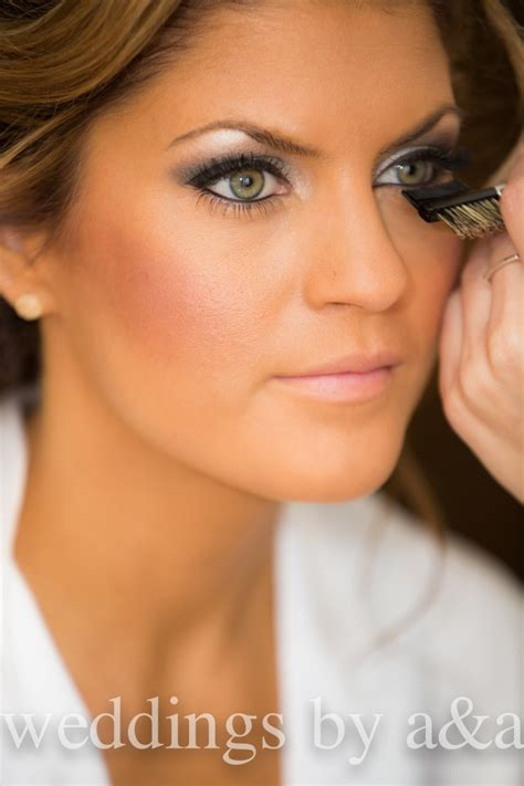 beautiful makeup and with green eyes :)   Beauty~ Hair