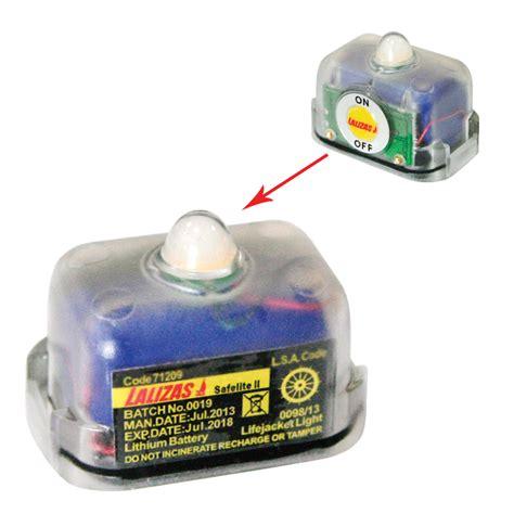 water activated led light lalizas lifejacket led flashing light safelite ii
