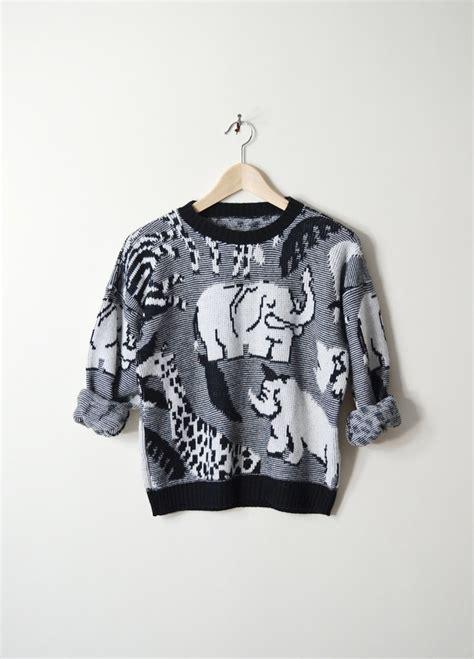 Aiko Maxi Navy vintage 80s zoo animal print sweater with elephants zebras xs giraffes and elephants