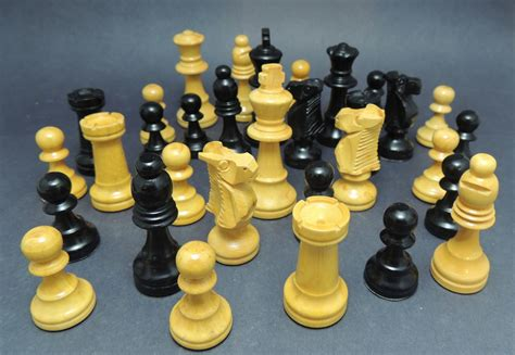 chess styles staunton style chess pieces collectors weekly