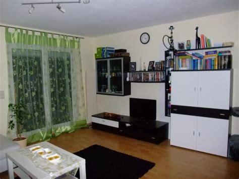 grünes wohnzimmer design schlafzimmer betten mit bettkasten