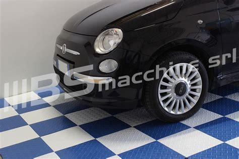 pavimenti per box auto pavimento piastrella nera officina sogi auto rivestimento