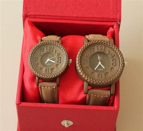 Jam Tangan Wanita Gucci Leather Brown gear vintage brown jam tangan vintage gear leather with box battery