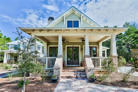 beach style homes craftsman style beach homes the archiscapes blog