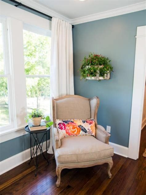 17 best images about hgtv fixer on paint colors magnolia homes and chip gaines
