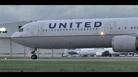 united airlines military com video military charter united airlines 767 400 takeoff