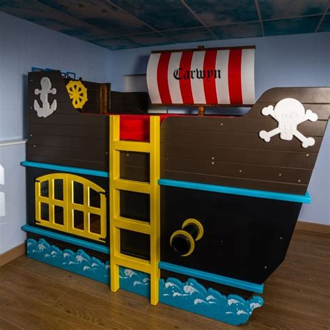pirate bedroom ideas best 25 pirate ship bed ideas on pirate