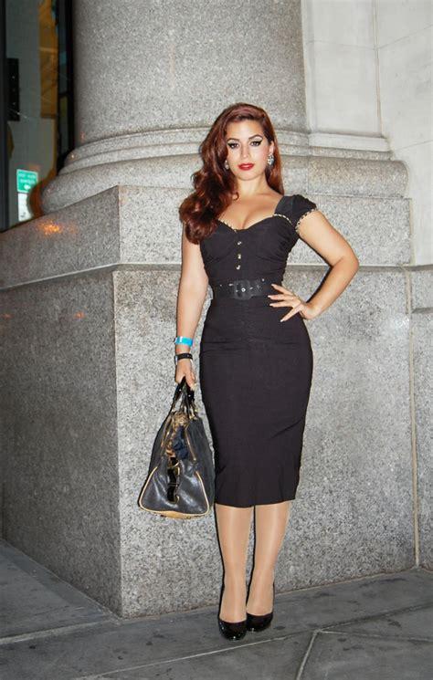 fabulous dressed blogger woman vintage vandalizm