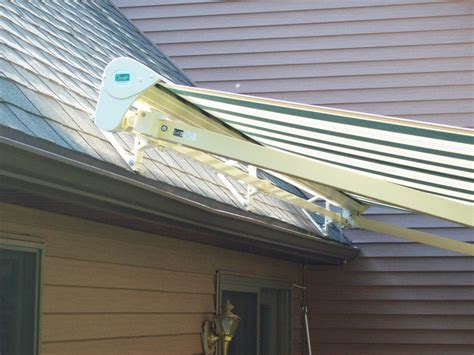 Roof Mounted Retractable Awning by Retractable Patio Awnings In Massachusetts Sondrini Enterprises