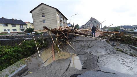 caritas simbach am inn quot als ob ein staudamm gebrochen w 228 re quot gewaltige flutwelle