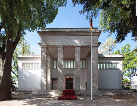 Pavillon Venedig by Mehrdeutiger Hybrid Bungalow Germania Auf Der Biennale In