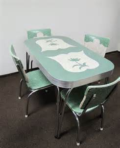 Retro Dining Table And Chairs Set Farm Pink Vintage Dinette Sets Retro