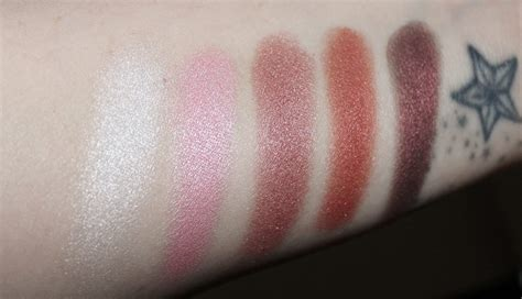 8 Colourful Makeup Palettes by Flormar Color Eyeshadow Palette Review 8