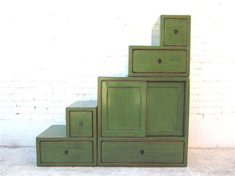 asia schrank asia stufen kommode schrank antikgr 252 n pinienholz