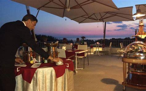 terrazza sul mare tropea ristorante con terrazza sul mare a capo vaticano tropea