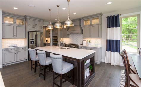 kitchen design trends    model homes