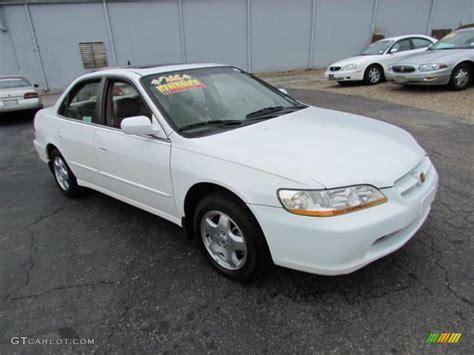 1998 honda accord white 1998 taffeta white honda accord ex v6 sedan 57611124