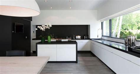cuisine blanche et noir davaus cuisine noir et blanche avec des